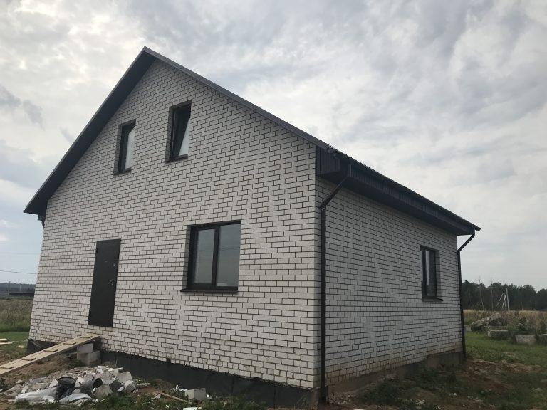 Дом из блоков и кирпича 01